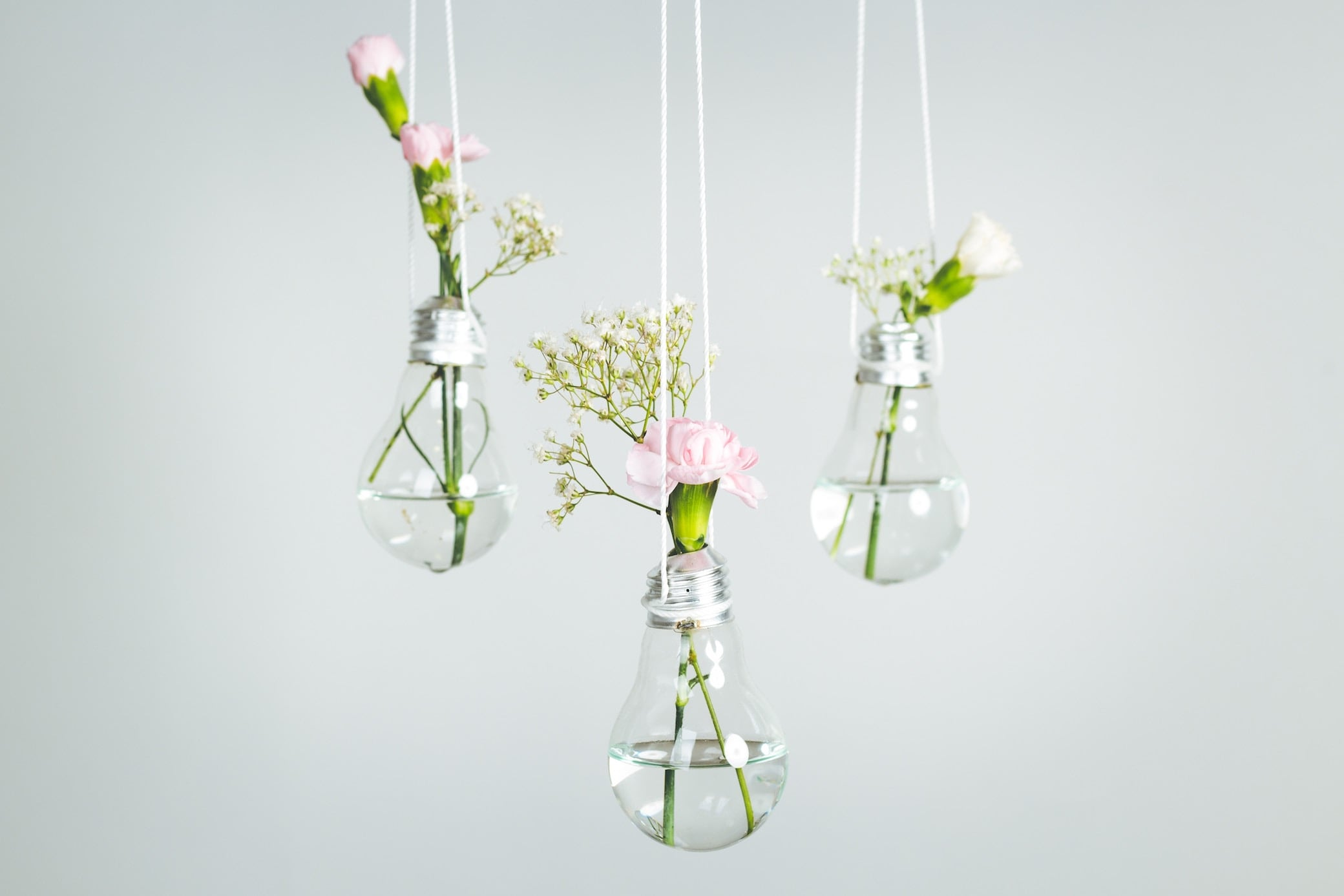 4 DIY-Deko-Ideen aus alten Glühbirnen