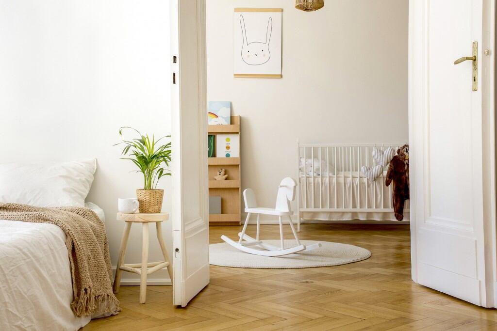 Wohnung im Lagom-Stil eingerichtet