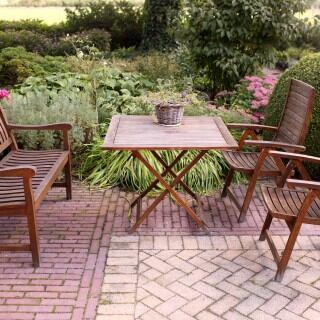 Gartenmöbel aus Teakholz