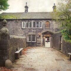 Wer sich nach Ponden Hall in West Yorkshire aufmacht, begibt sich auf eine kleine Zeitreise ins 19. Jahrhundert
