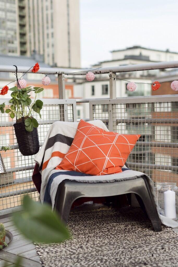 Teppiche schmücken den Balkon – allerdings nur, wenn man die Feuchtigkeit im Blick hat