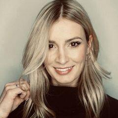 Karolin Kandler ist Tagesschau-Moderatorin, konnte dank ihres Opas aber als Kind in den Beruf des Schreiners hineinschnuppern
