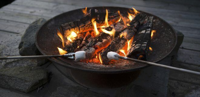 Feuerschale, Feuer im Garten
