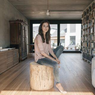 Umgeben von Naturmaterialien und alles an seinem Platz schafft Balance – so funktioniert Interior Detox