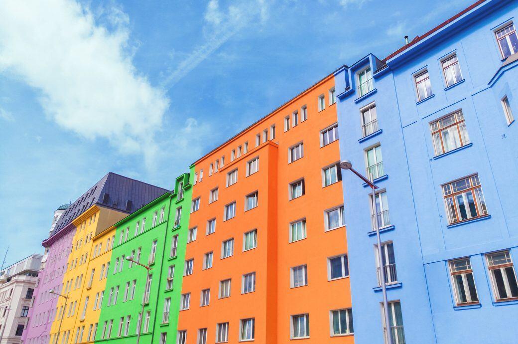 Darf man sein Haus von außen bunt anstreichen?