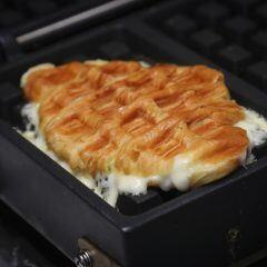 Mit diesem Trick bleibt kein Käse mehr im Sandwichmaker kleben