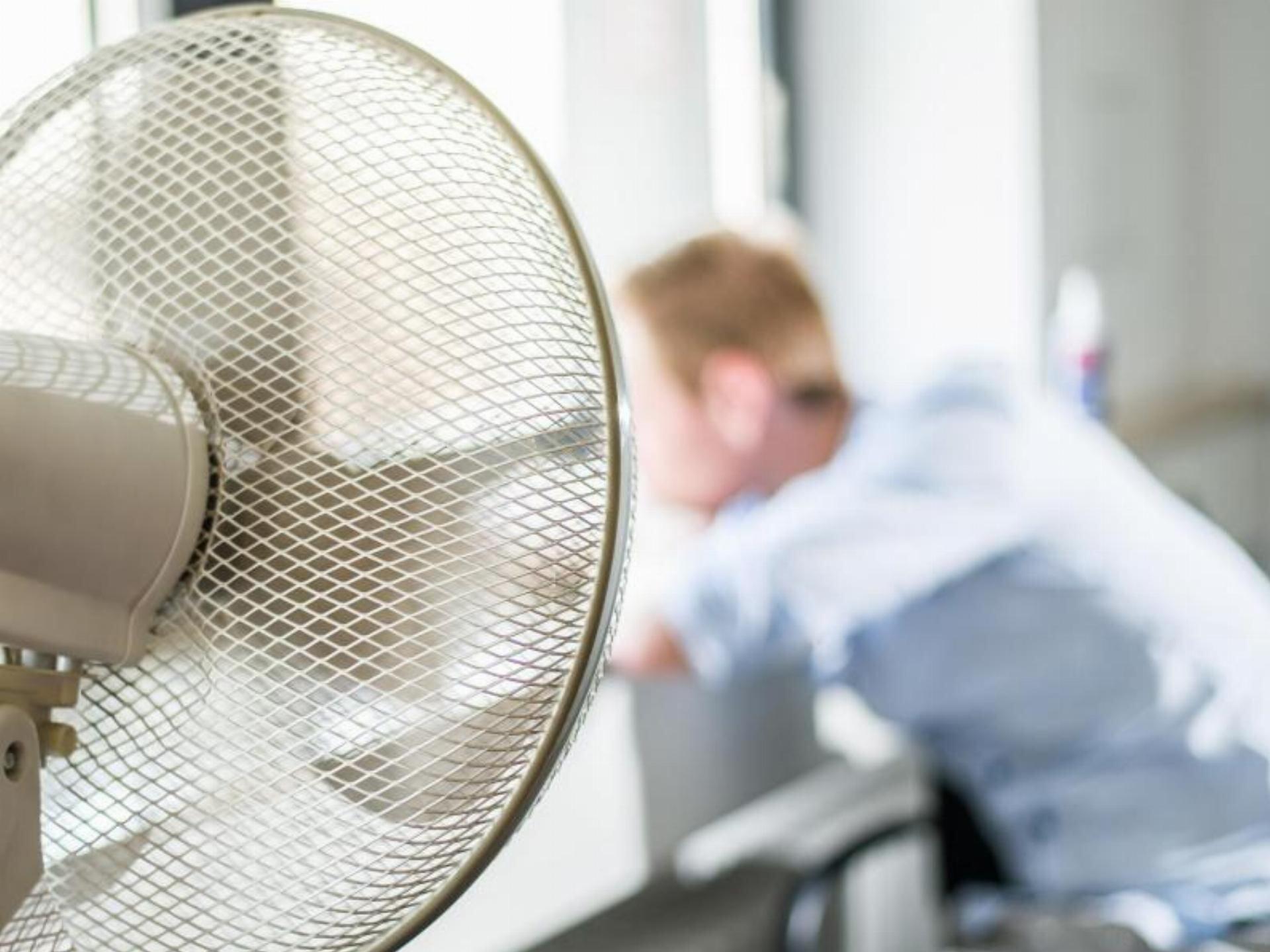 Wie komme ich an eine Klimaanlage?