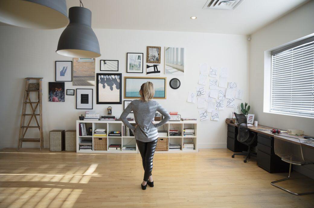 6 Wege, wie Sie Ihre Bilder aufhängen und anordnen können