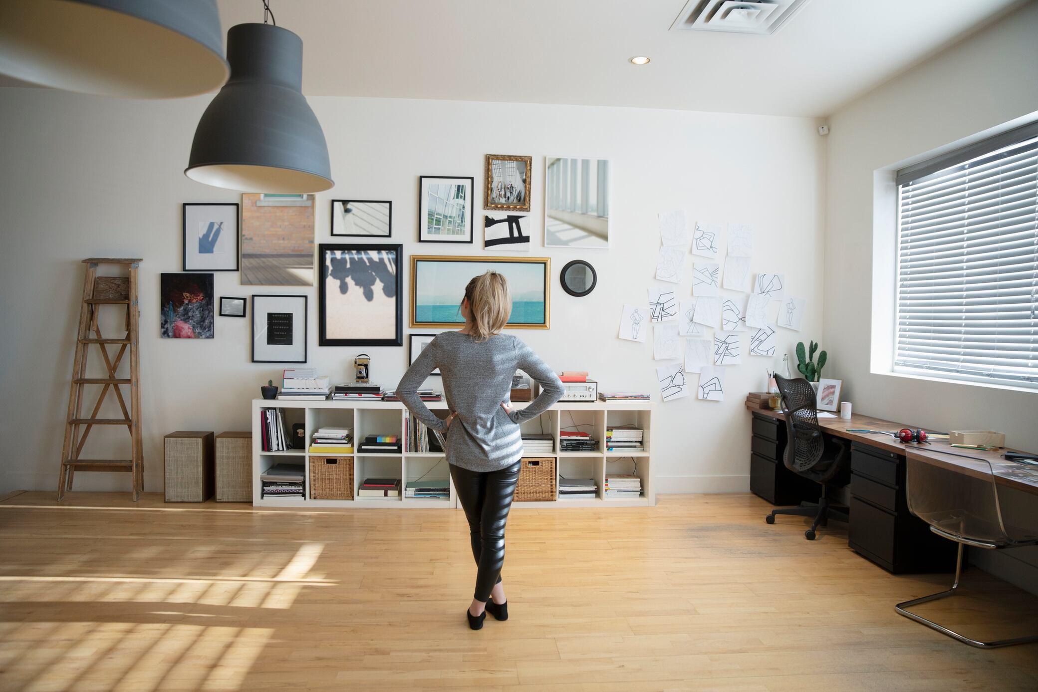 6 Stile, wie man Bilder aufhängen kann
