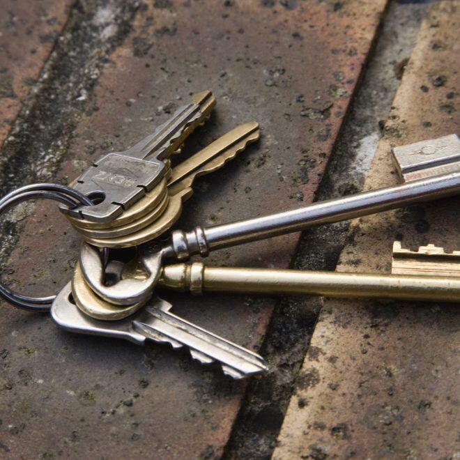 Was Mieter tun müssen, wenn sie ihre Schlüssel verlieren