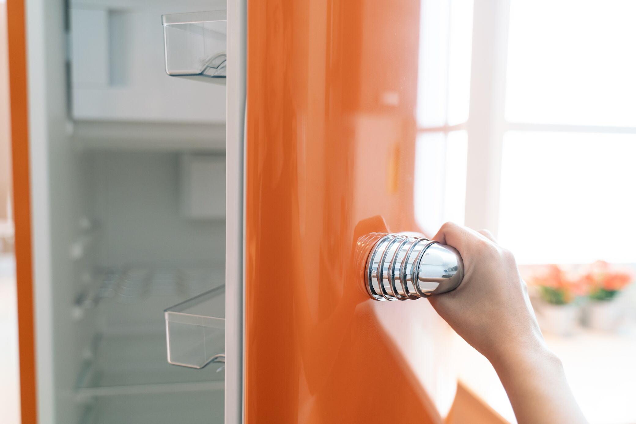 Darf man Kühlschränke wirklich nicht sofort anschließen?