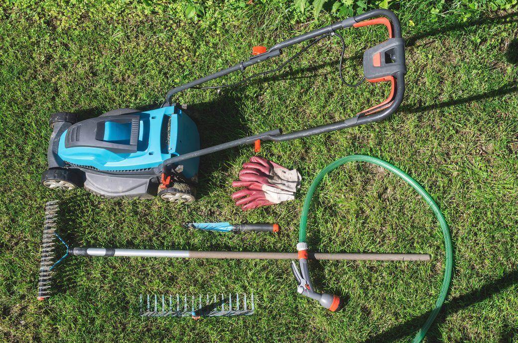Gartengeräte und Werkzeug richtig überwintern