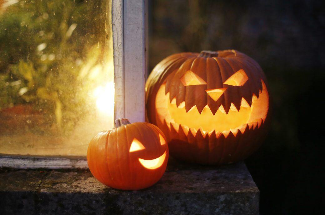 Eine einfache Alternative zu Kürbis-Dekorationen zu Halloween