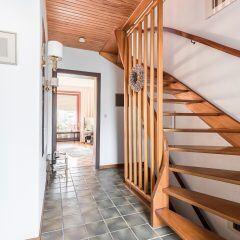 in 13 Schritten die Treppe richtig reinigen