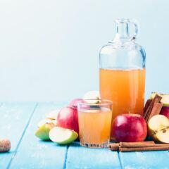 Obstbrand, Likör, Schnaps und Saft aus eigener Obsternte selbst brauen
