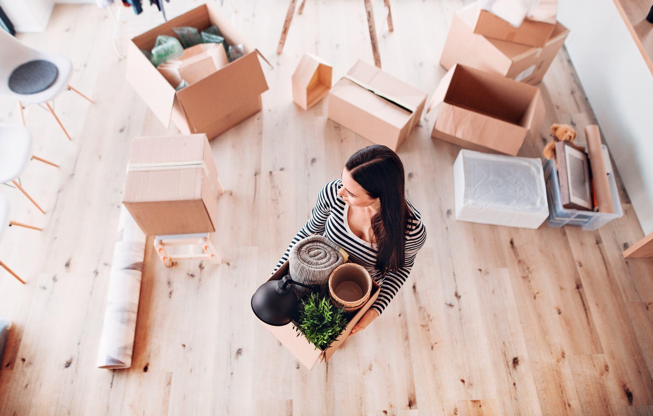 """Mit """"Decluttering"""" die Wohnung strukturiert ausmisten"""