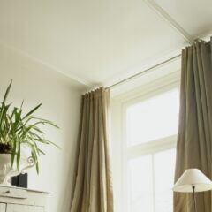 Mit diesem Klopapierrollen-Trick fallen Vorhänge schöner