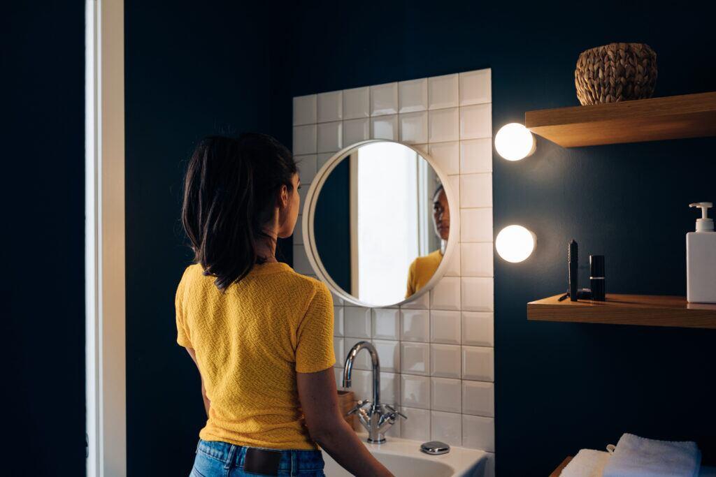 Das A und O im kleinen Bad sind genügend Lichtquellen