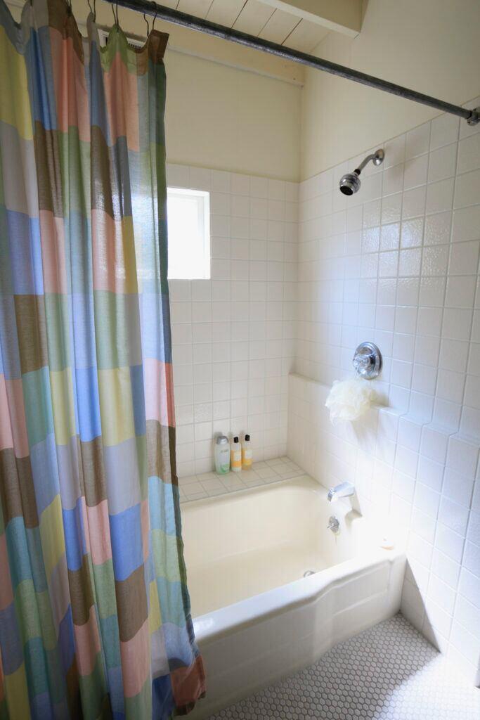 Duschvorhänge sollten genau passen