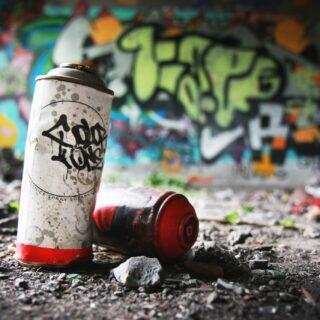 Graffiti an Wänden sollte schnell beseitigt werden, da es sonst Nachahmer anlockt