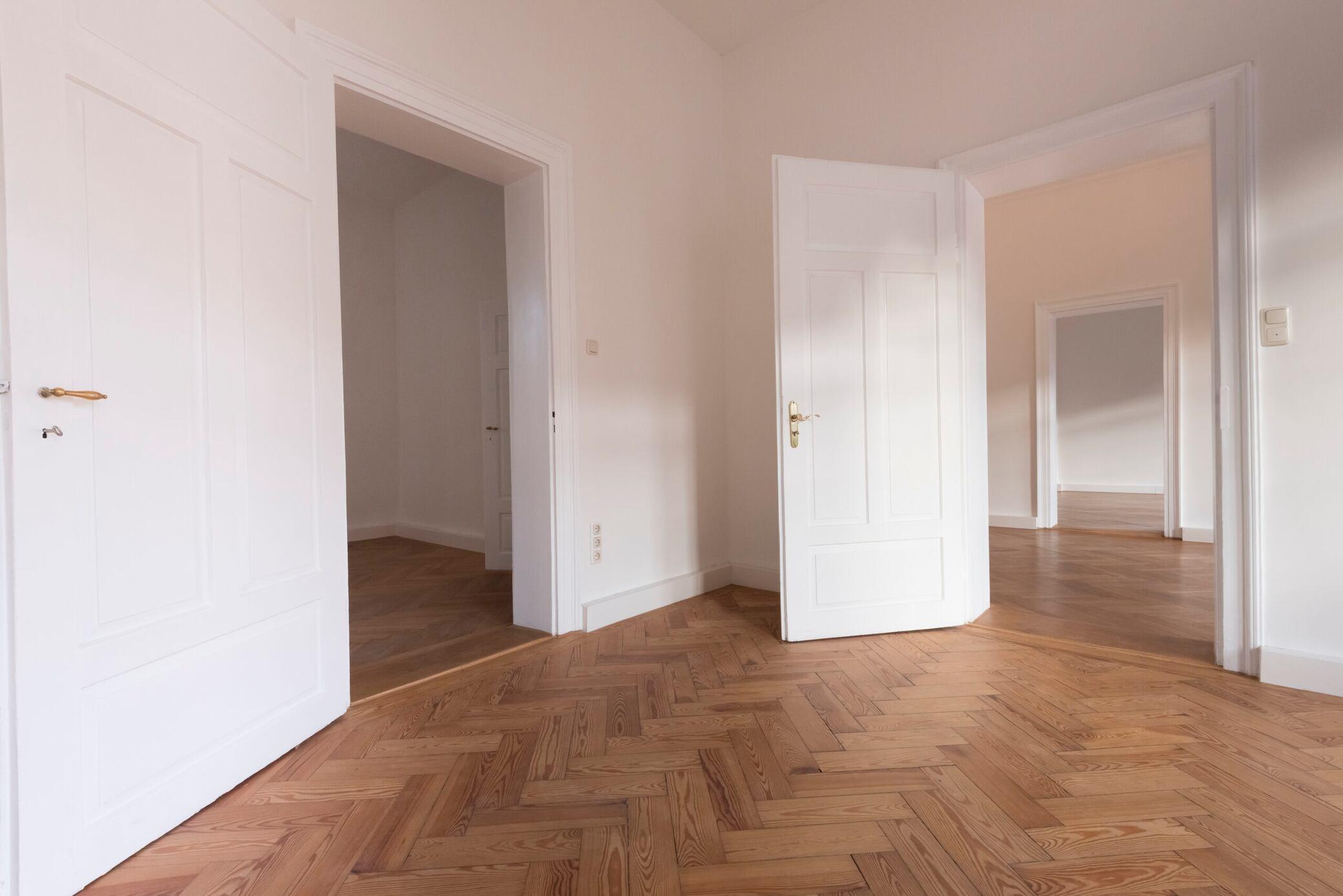 Was man tun kann, wenn die Tür über den Boden schleift