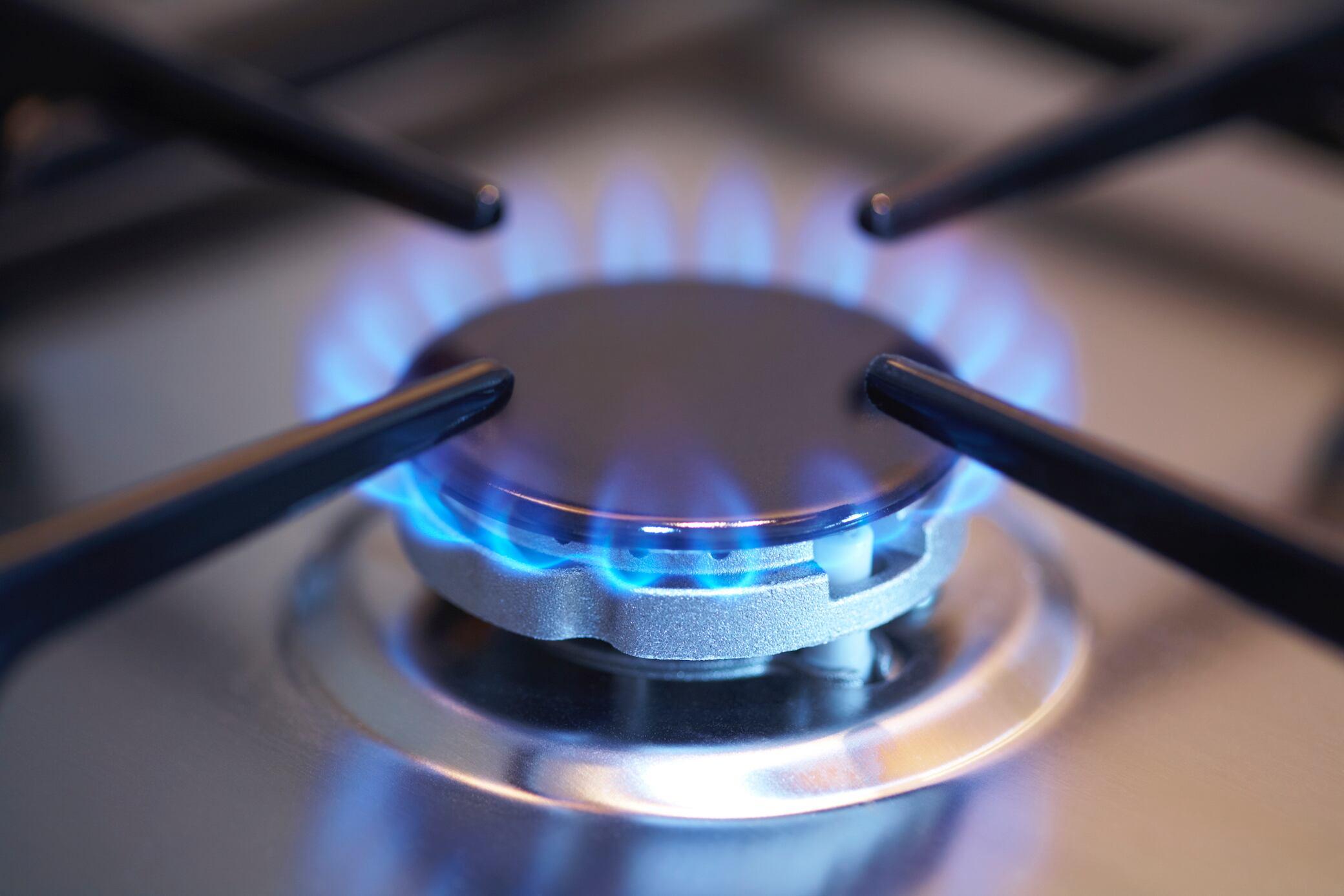 Wie man Gasgeruch in der Wohnung erkennt
