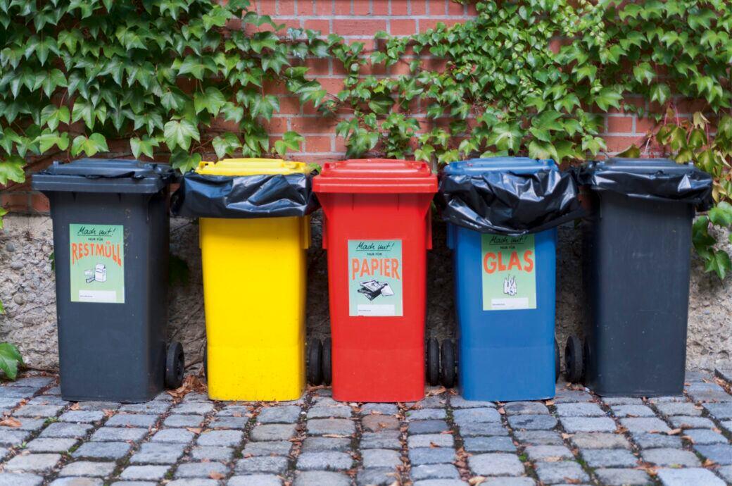 Damit es zwischen Vermieter und Mieter bei der Müllentsorgung keine Probleme gibt, sollten einige Regeln beachtet werden