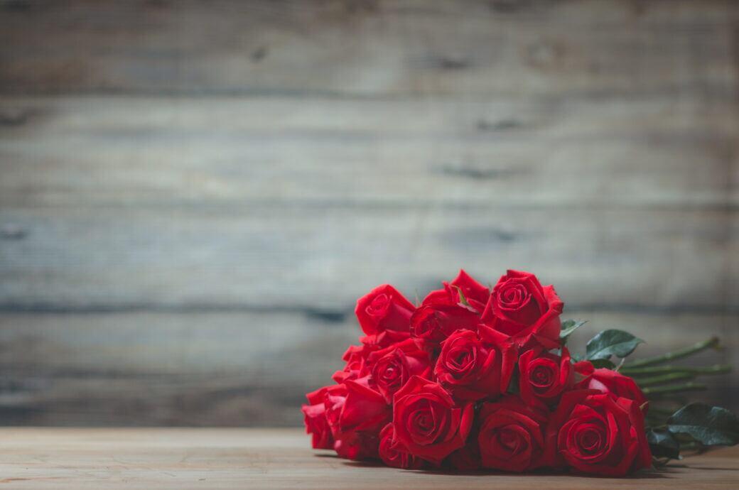 Whatsapp bedeutung rote rose Rosen schenken: