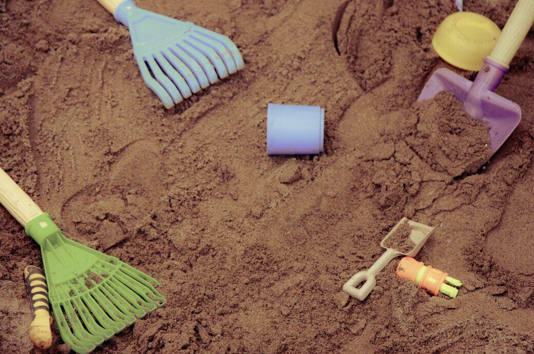 Sandkasten selber anlegen und bauen – Planung, Material, Bauanleitung