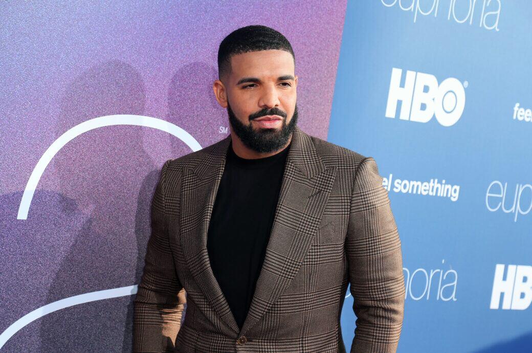 """""""Toosie Slide"""": Drake zeigt seine Villa in neuem Musikvideo, das er wegen Corona zu Hause dreht"""