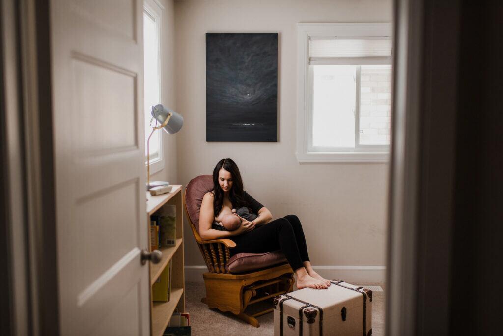 Unnötige Möbel: Stuhl zum Stillen