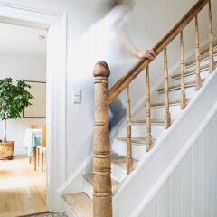 Tipps, um eine Treppe wohnlicher zu gestalten und zu dekorieren