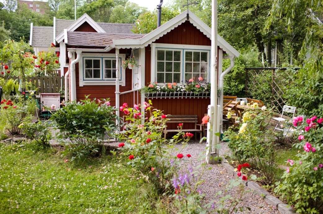 Einen kleinen Garten richtig planen, gestalten und bepflanzen – diese Fehler sollte man vermeiden