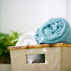 Handtücher sollte man regelmäßig reinigen