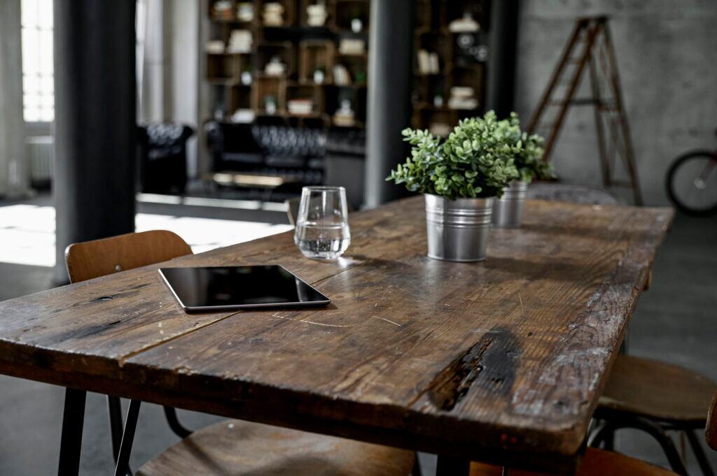 Einichten mit Möbeln aus Holz