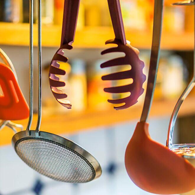 Wie lange sind Küchenutensilien haltbar?