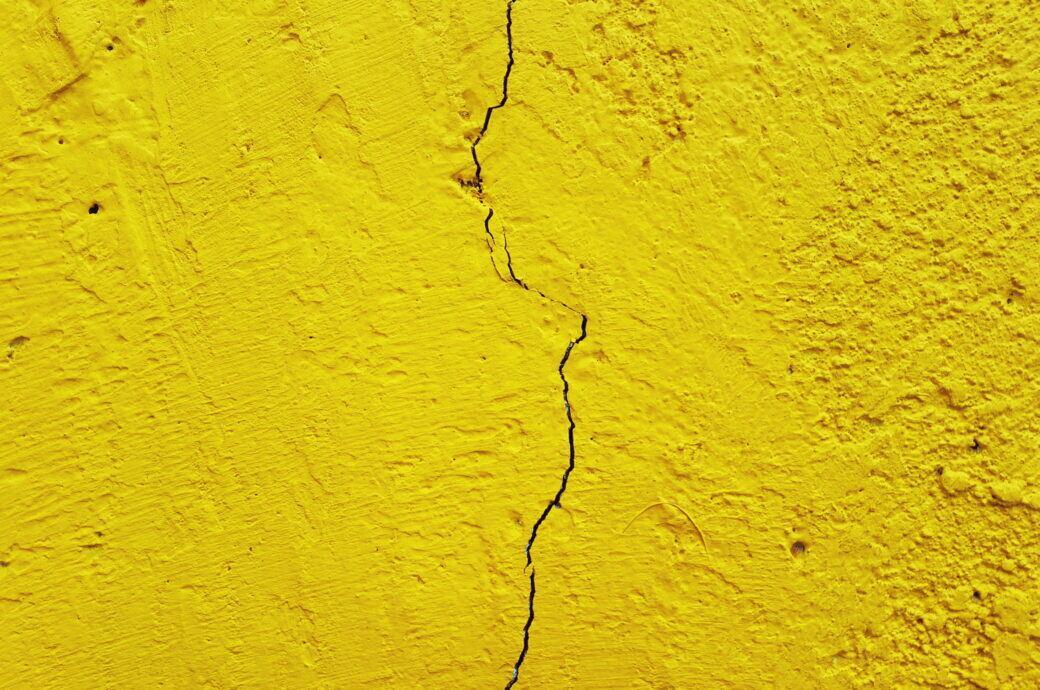 Riss in der Wand