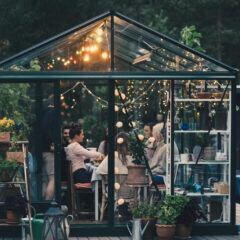 Wintergarten einrichten – das Outdoor-Wohnzimmer im Garten